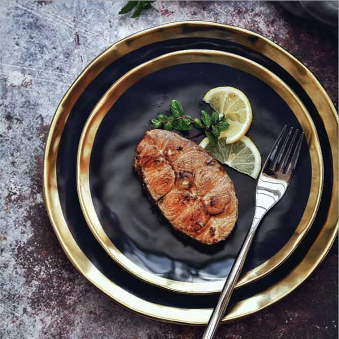 Lunar Black Dinnerware Plate | Gold Trim