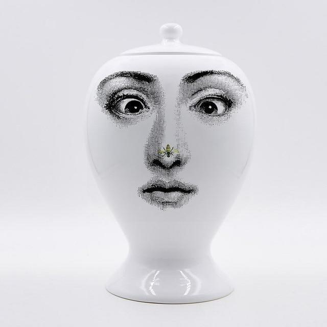 The Charm Lady by Henry Jacobsson Vase The Charm Lady / Fly
