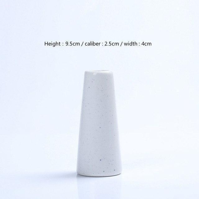 Karma by Jasmine Bergmann Vase Vulcano / White