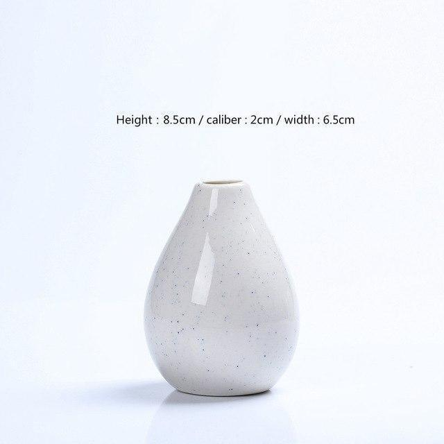 Karma by Jasmine Bergmann Vase Angel / White