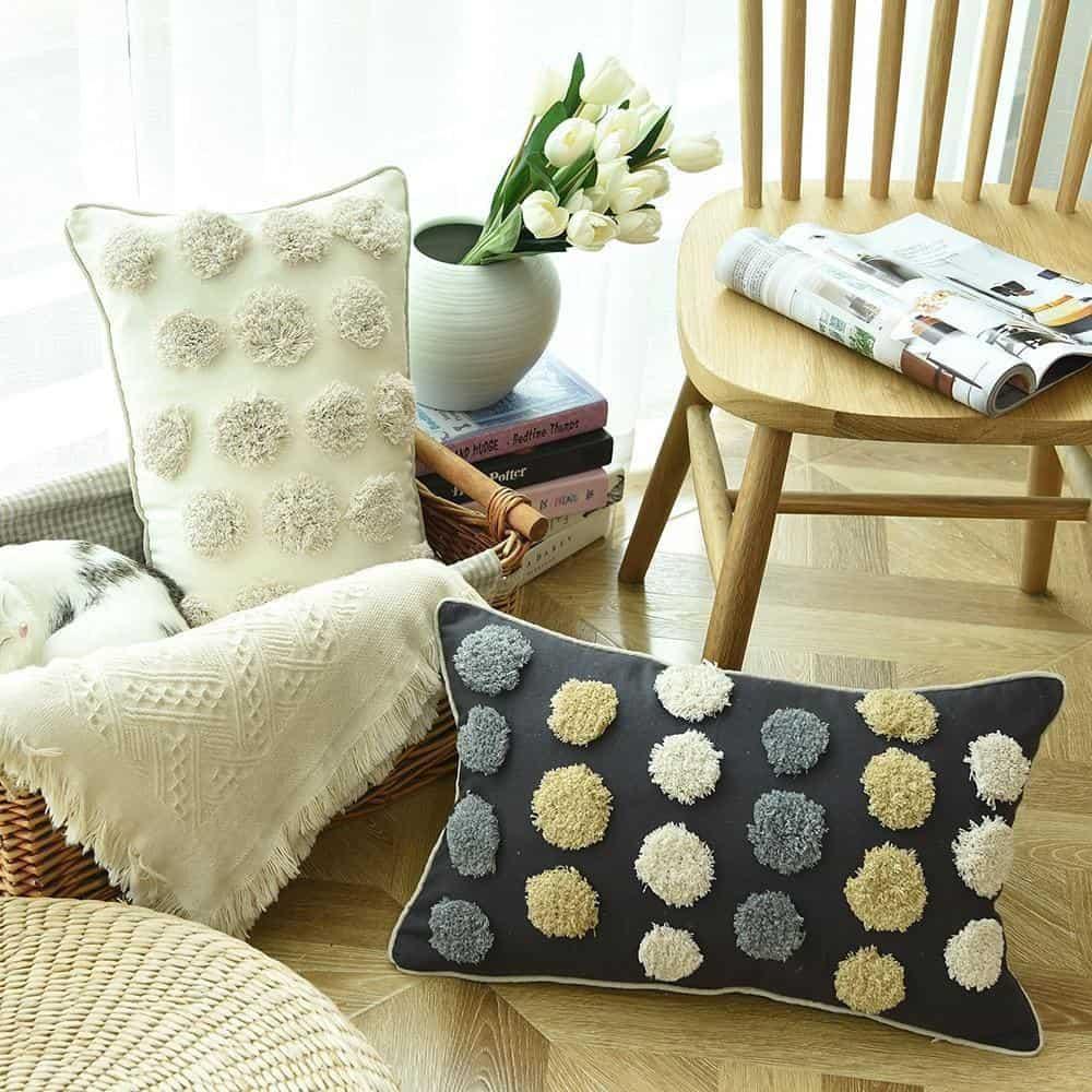 Floraisons Dots Embroidery Cushion Pillow