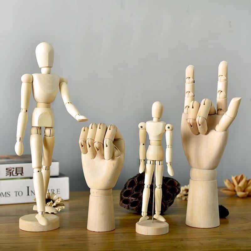 Movana Drottmovable Wooden Figure Decor