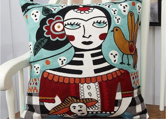 Légende |Anne Svensson | Embroidery Cushion
