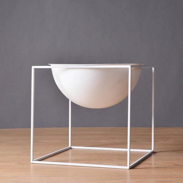 BW Cube by Henry Jacobsson / Plant Pot Vase Clear White / Large
