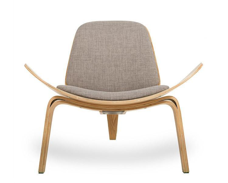 Lucetta Three by Hannes Malmström / Legged Shell Chair Chair