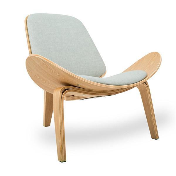 Lucetta Three by Hannes Malmström / Legged Shell Chair Chair Light gray