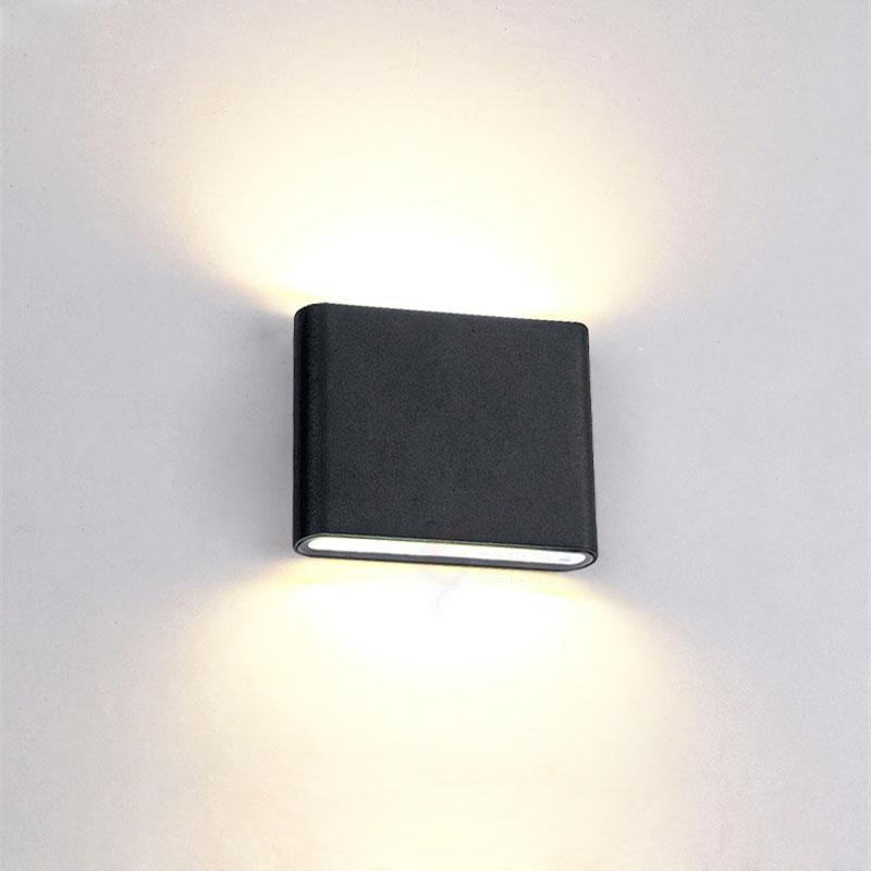 VERONICA Big Light Wall Lamp - Artist Design Deep black / 6W / Cool white
