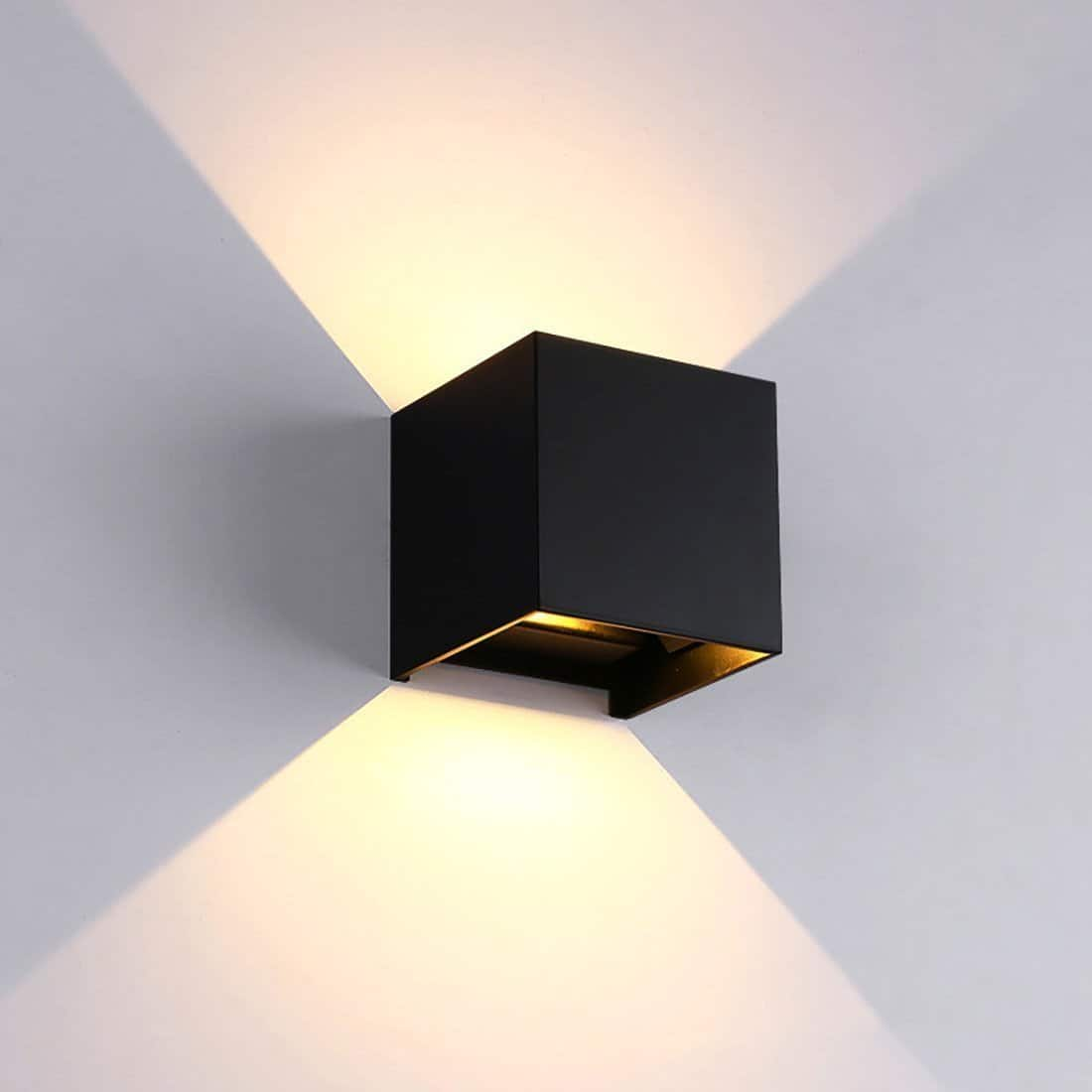 Veronica Cube S2 Wall Lamp Deco unique and elegant Wall lamp Deep black / 7W / Cold White