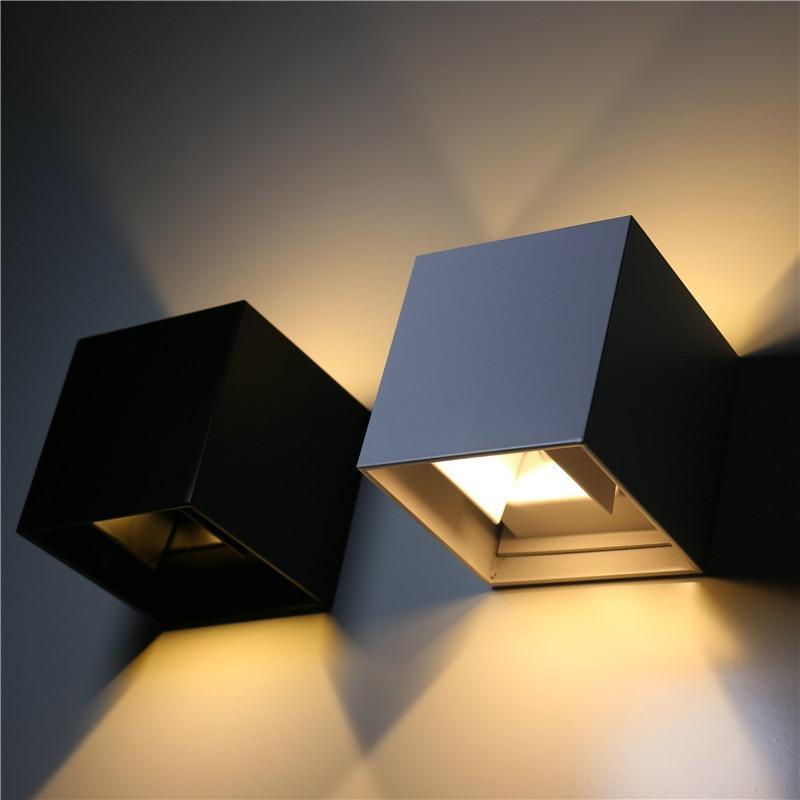 Wall Sconce Veronica Cube | Light Angle Adjustment