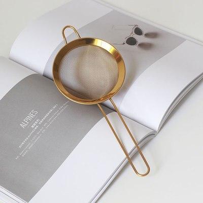 Mckenzie by Fluttergold Dinnerware Gold