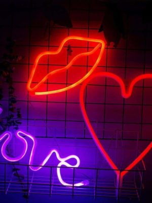 Love me NOW Wall Table Lamp