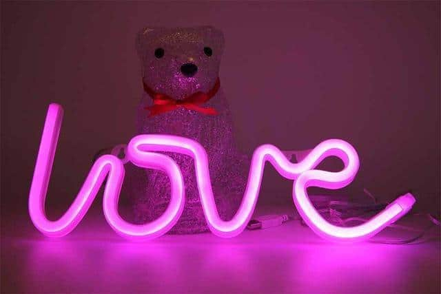 Superstar Love me NOW Wall/Desk Lamp Table/Wall lamp Love pink