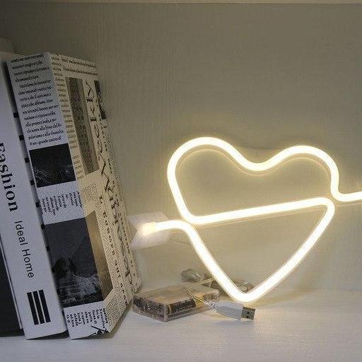 Supernova Alphabet Wall/Desk Light Table/Wall lamp Fall in love - warm white