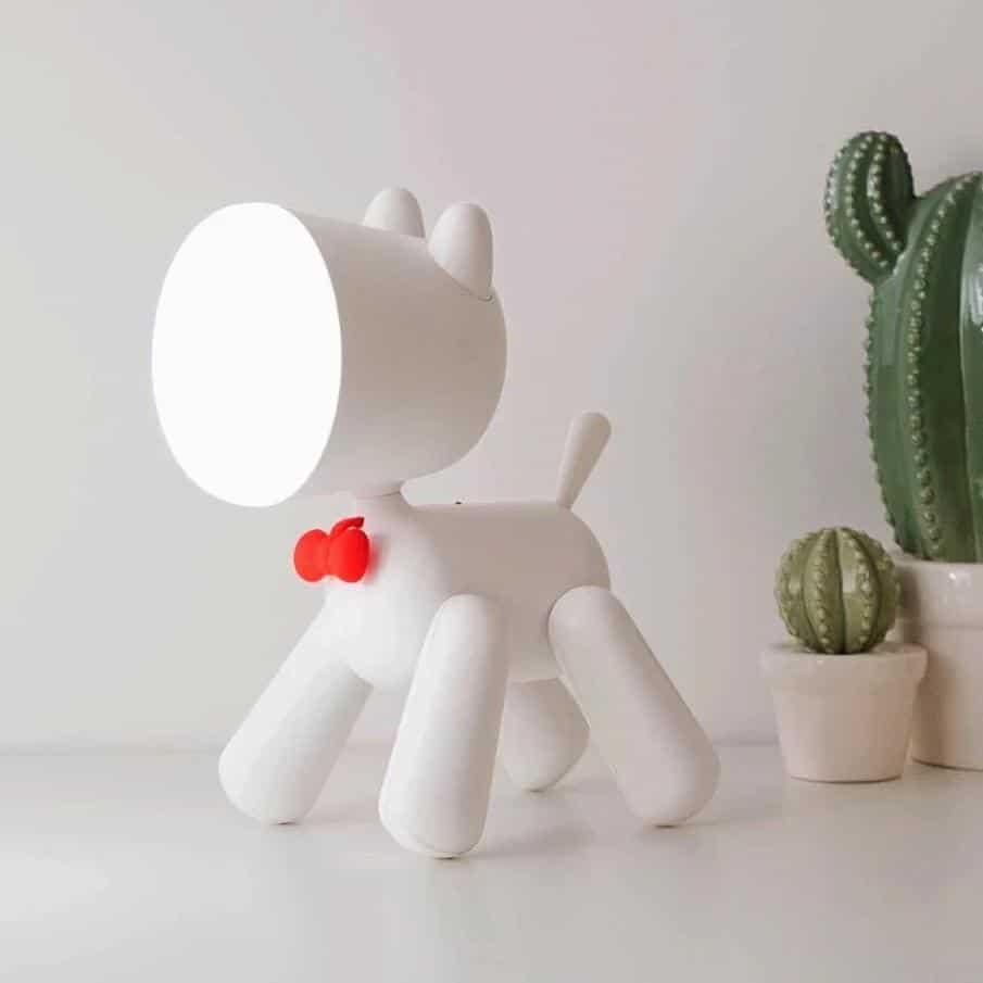 Rocky Little Hero / Bedside & Table Lamp Table lamp White