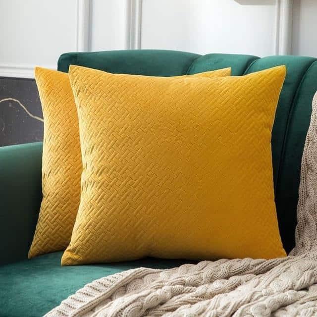 Luxe by Celiné / Pillowcase Pillow Orange Yellow