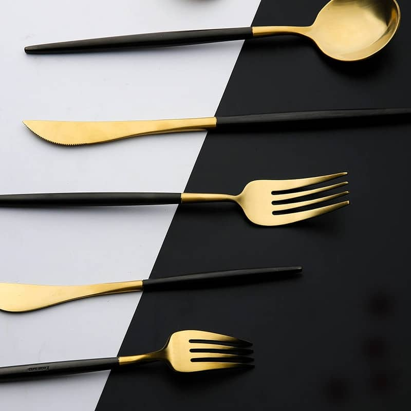 Gold Flatware Black Handle by Rosseta | Premium Set of 4
